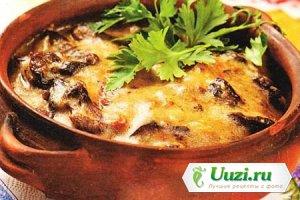 Жаркое в горшочке с грибами и сыром Изображение