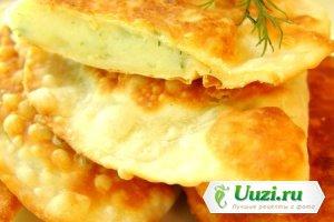 Чебуреки с картофелем и сыром Изображение