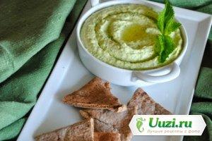 Хуммус с зеленым горошком и мятой Изображение