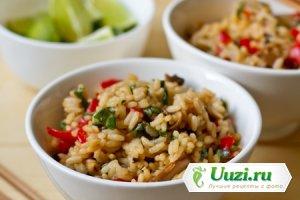 Жареный рис с овощами Изображение