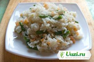 Жаренные рис с фасолью и креветками Изображение