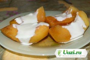 Печеная айва с йогуртом Изображение