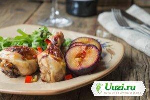 Куриные голени со сливами в маринаде из портвейна Изображение