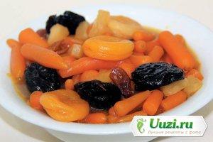 Цимес из моркови и сухофрукты Изображение