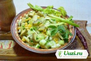 Салат огурцы соленные картофель Изображение