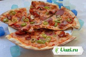 Пицца - тесто тонкое Изображение