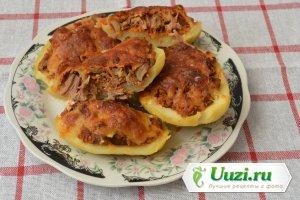 Картофель запеченный с грибами и мясом Изображение