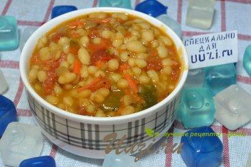 Фасоль в томатном соусе Изображение