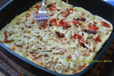 Пицца на сковороде Изображение