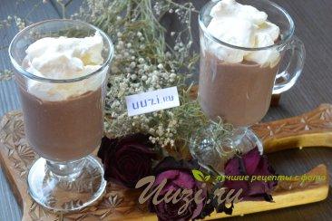 Шоколадный мусс со сливками Изображение