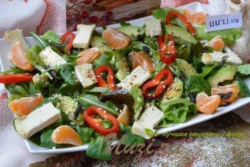 Салат с авокадо и апельсина Изображение