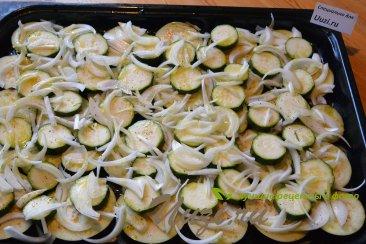 Свинина в духовке с овощами Шаг 3 (картинка)