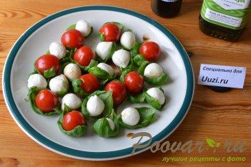 Салат с помидорами черри и сыром моцарелла Шаг 2 (картинка)