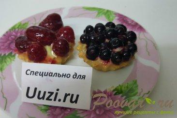 Корзинки с фруктами Изображение
