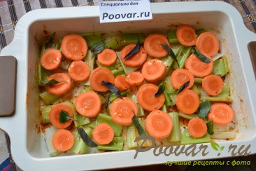 Свиные ребрышки в духовке с овощами Шаг 7 (картинка)
