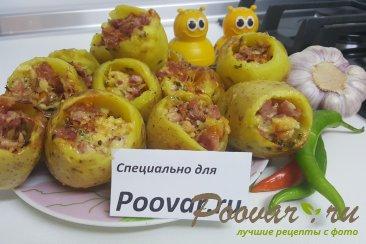 Запеченный фаршированный картофель Изображение