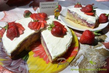 Пирог с клубникой Изображение