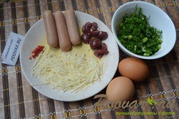 Яичница с сыром и колбасой Шаг 1 (картинка)