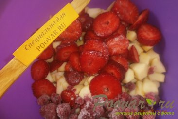 Овсяный пирог с яблоками и ягодами Шаг 5 (картинка)