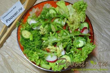Салат с рукколой и овощами Изображение