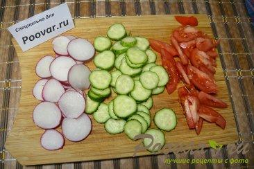Салат с рукколой и овощами Шаг 3 (картинка)