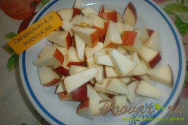 Пирог с клубникой и яблоками Шаг 4 (картинка)