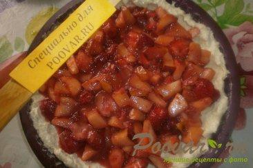 Пирог с клубникой и яблоками Шаг 12 (картинка)