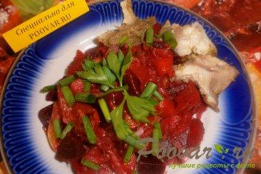 Овощное рагу с капустой, свеклой, морковью и картофелем Изображение