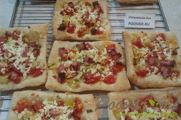 Пицца из слоеного теста с колбасой Шаг 8 (картинка)