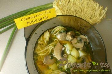 Суп с грибами и яичной лапшой Шаг 10 (картинка)