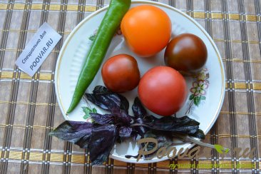 Салат из помидор сыра и базилика Шаг 3 (картинка)