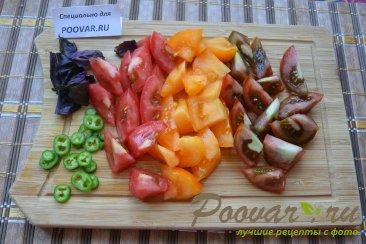 Салат из помидор сыра и базилика Шаг 4 (картинка)