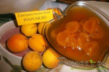 Варенье из абрикосов Изображение