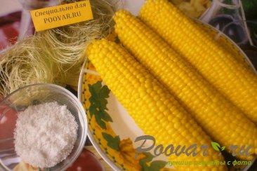 Варёная кукуруза Изображение