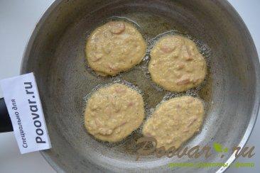 Овсяные оладьи с колбасой Шаг 6 (картинка)
