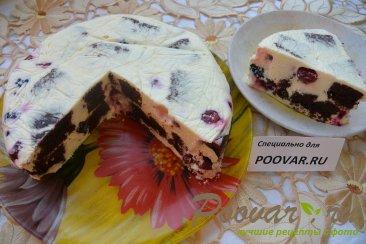Торт-суфле с творогом и ягодой Изображение