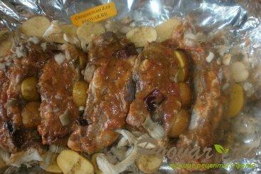 Свиные рёбрышки с алычой, грибами в духовке Шаг 10 (картинка)