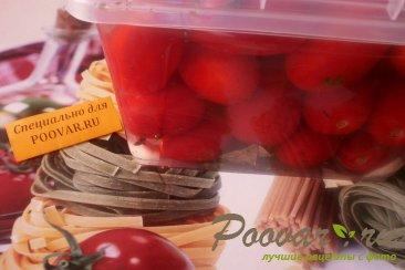 Солёные помидоры Изображение