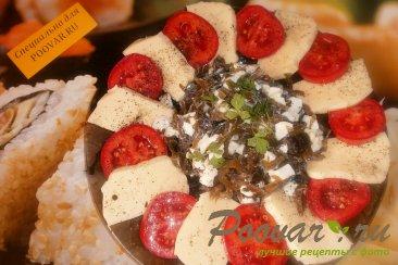 Салат из морской капусты и моцареллы Изображение