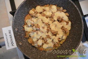 Картофельные драники с мясом и сыром Шаг 11 (картинка)