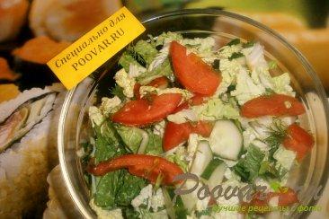 Салат из пекинской капусты, помидоров и огурцов Шаг 5 (картинка)