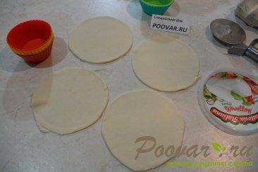 Тарталетки из слоенного теста с тунцом и яйцами Шаг 2 (картинка)