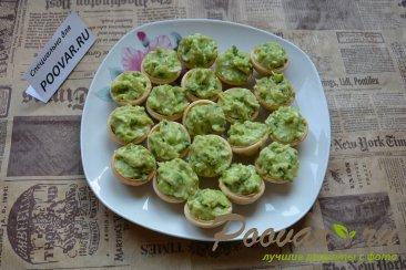 Тарталетки с авокадо Новогоднее блюдо. Шаг 8 (картинка)