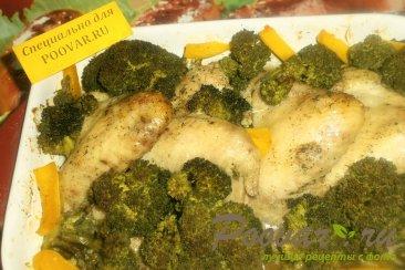 Куриные крылышки с брокколи и тыквой Изображение