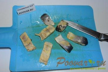 Бутерброды с селедкой (Новогоднее блюдо) Шаг 4 (картинка)