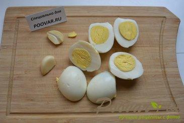 Яичный паштет (Новогоднее блюдо) Шаг 2 (картинка)