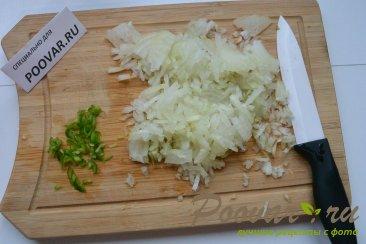 Горячие бутерброды с луком, сыром и яйцом Шаг 1 (картинка)