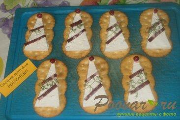 Закуска на печенье крекер Шаг 5 (картинка)
