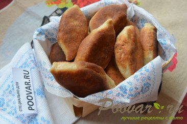 Жареные пирожки с сосиской и картошкой Шаг 15 (картинка)