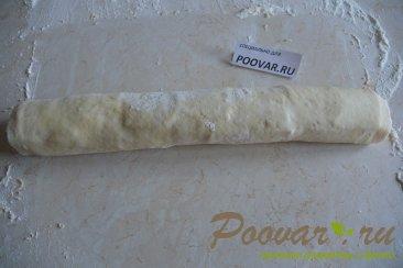 Рулеты из слоеного теста с беконом и сыром Шаг 7 (картинка)